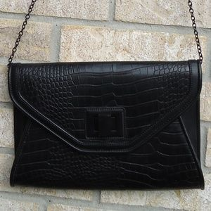 Aldo Black Envelope chain purse /clutch .
